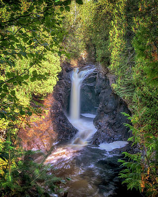 Photograph - Cascade Falls by Susan Rissi Tregoning