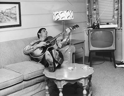 Photograph - Cash In Nashville by Michael Ochs Archives