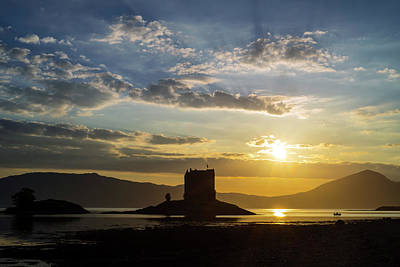 Photograph - Castle Stalker At Sunset by Arterra Picture Library