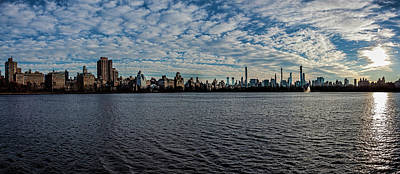 Photograph - Central Park Reservoir, Clouds And Skyline by Robert Ullmann