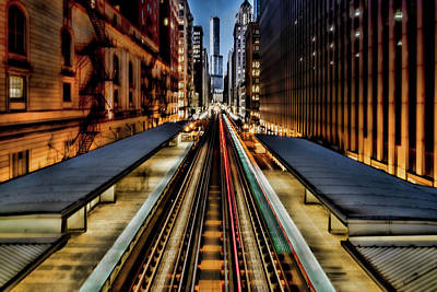 Photograph - Chicago Loop El Scene by Sven Brogren