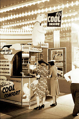 Photograph - Chicago Movie Theater 1940 by Carlos Diaz