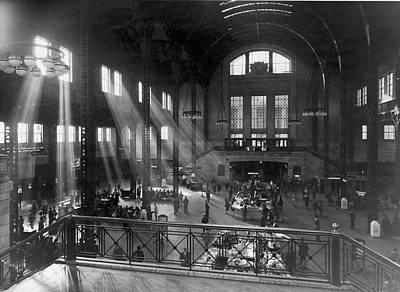 Photograph - Chicago Union Station by Archive Photos