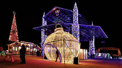 Photograph - Christmas Pavillion by Susan Rissi Tregoning