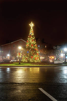 Photograph - Christmas Tree Gettysburg by Dan Urban