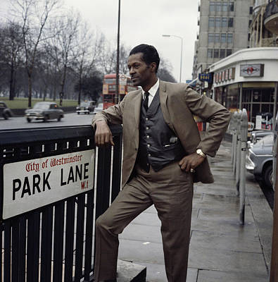 Photograph - Chuck Berry On Park Lane by David Redfern