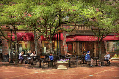 Photograph - City - Corning Ny - Lunch At Centerway Square by Mike Savad