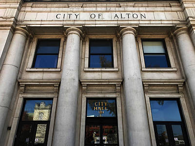 Photograph - City Of Alton - City Hall by Jeff Iverson