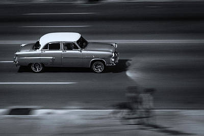 Photograph - Classic Car On Malecon 9 by Jeff Lucas