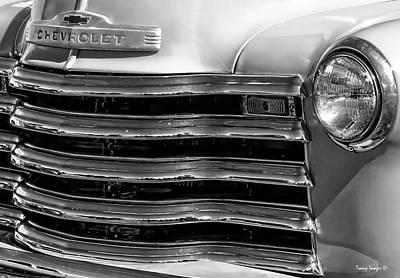 Photograph - Classic Truck by Wesley Nesbitt