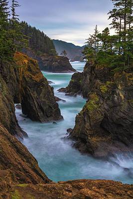 Photograph - Cliffside Views by Darren White