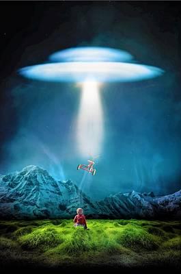 Ufo Wall Art - Digital Art - Cloud Ufo by ArtMarketJapan