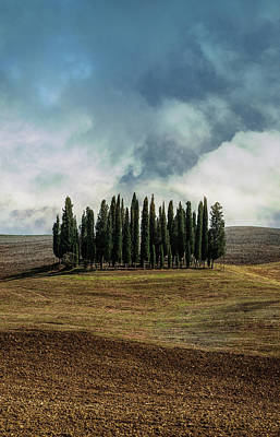 Photograph - Cloudy Afternoon In Toscany by Jaroslaw Blaminsky