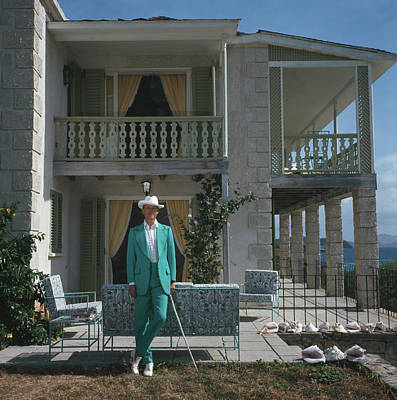 Walking Photograph - Colin Tennant by Slim Aarons