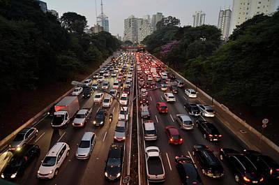 Congestionamento Em São Paulo Art Print by Levi Bianco