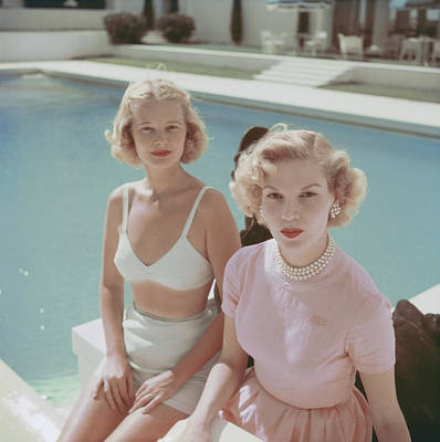 Photograph - Connelly And Guest by Slim Aarons