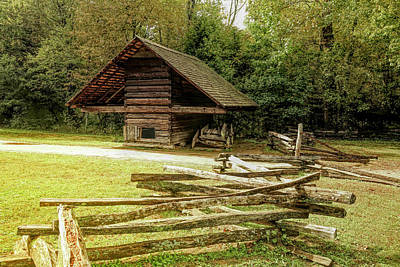 Studio Graphika Literature - Corn Crib at Cades Cove by Judy Vincent