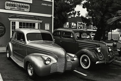 Photograph - Coupes Loading Up by Bill Dutting