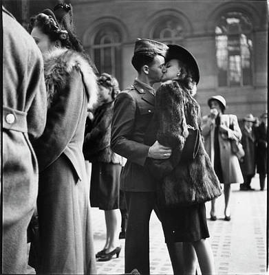 Couple Photograph - Couple In Penn Station Sharing Farewell by Alfred Eisenstaedt