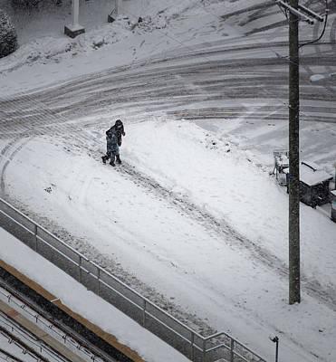 Photograph - Couple In Snow by Juan Contreras
