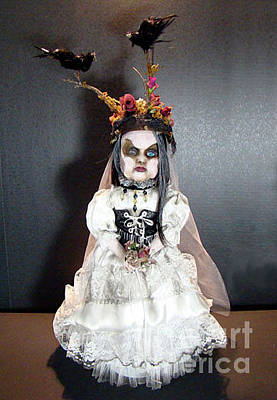 Mixed Media - Creepy Bride by Cindy DeGraw