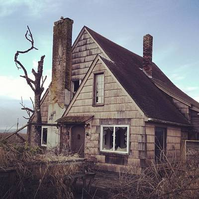 Photograph - Creepy House by Kevinruss