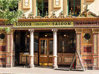 Photograph - Crown Bar, Belfast by Jim Orr