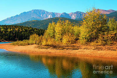Photograph - Crystal Reservoir And Pikes Peak In Autumn by Steve Krull