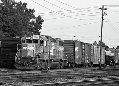 Photograph - Csx 2758 B W 10 by Joseph C Hinson Photography