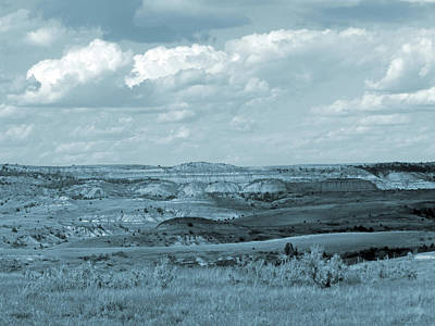Photograph - Dakota Grassland Shadows by Cris Fulton
