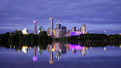 Photograph - Dallas Cityscape by Robert Bellomy