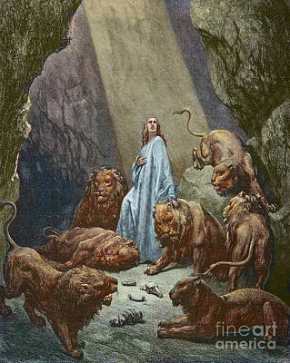 Painting - Daniel In The Den Of Lions  Engraving By Gustave Dore by Gustave Dore