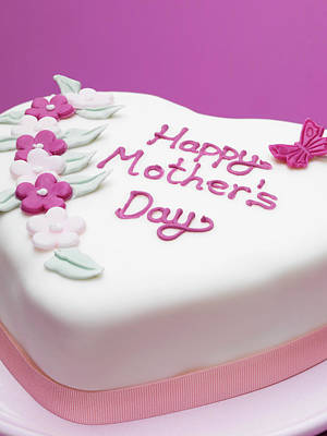 Photograph - Decorated Mothers Day Cake by Diana Miller