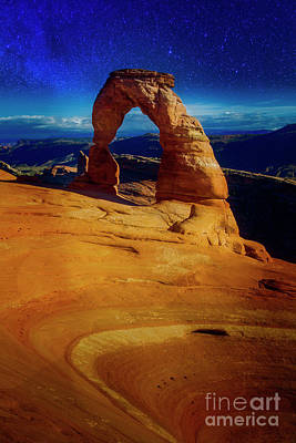 Photograph - Delicate Arch by Scott Kemper