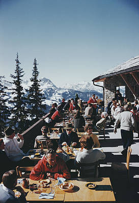 Ski Resort Photograph - Dining In Gstaad by Slim Aarons