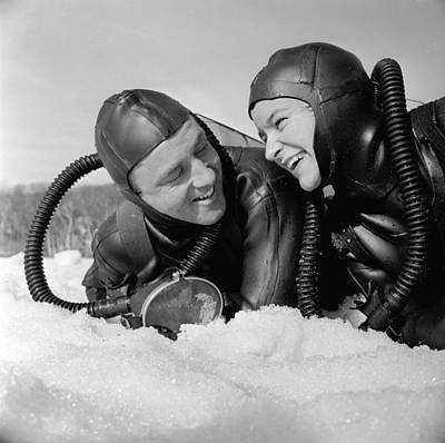 Photograph - Divers by Titchen
