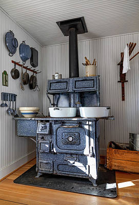 Photograph - Dotson Home And Restaurant - Kitchen Stove by Gene Parks