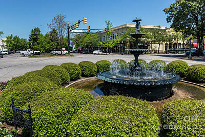 Photograph - Downtown Aiken Sc Fountain by Sanjeev Singhal