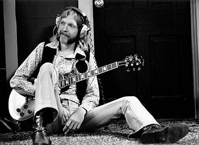 Us State Photograph - Duane Allman At Muscle Shoals by Michael Ochs Archives