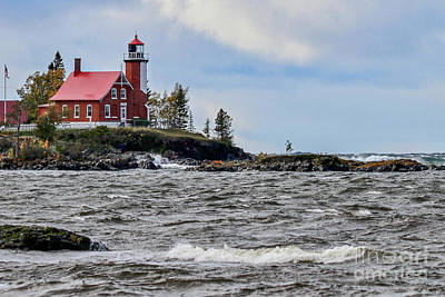 Photograph - Eagle Harbor Lighthouse by Susan Rydberg