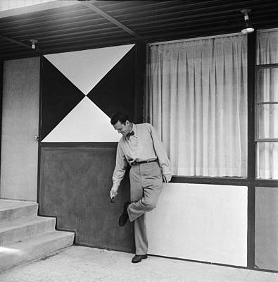 Photograph - Eames Outside The Eames House by Peter Stackpole