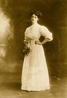 Dress Photograph - Edwardian Gown by Hulton Archive