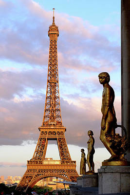 Photograph - Eiffel Tower At Sunset by Jeffrey PERKINS