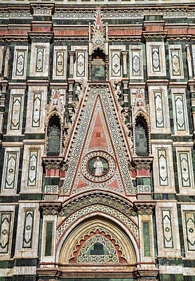 Photograph - el Duomo The Florence Italy Cathedral Arch Details by Wayne Moran