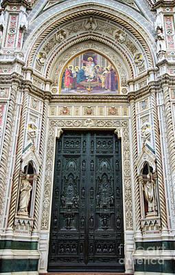 Photograph - el Duomo The Florence Italy Cathedral Main Door by Wayne Moran