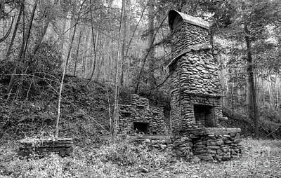 Abandoned Elkmont Wall Art - Photograph - Elkmont Chimney Remains 12 by Mike Eingle