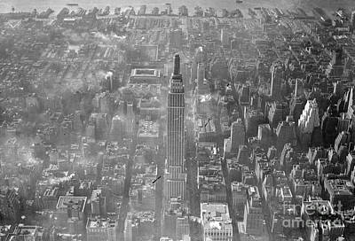 Photograph - Empire State Building 1930s by New York Daily News Archive
