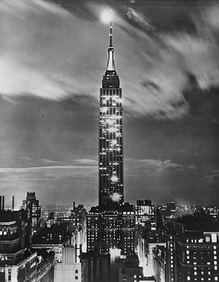 Photograph - Empire State Night by Fox Photos