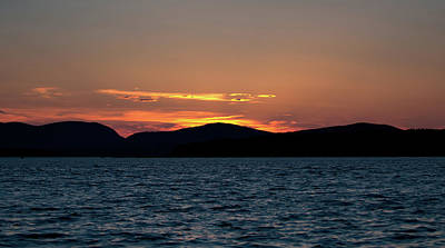 Photograph - End Of A Perfect Day by Paul Mangold