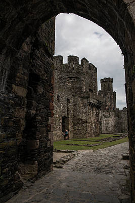 Photograph - Enter Conwy Castle by John McGraw